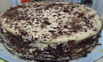 Большой праздничный торт