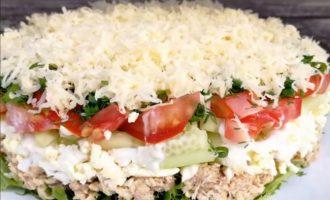 Вкусный салат из овощей и сыра: хочется снова и снова